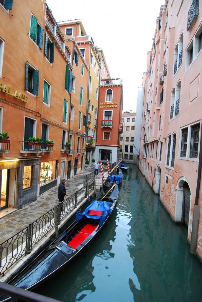 DSC_3447 - Canal in Venice